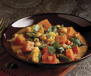 051107033-01-indian-vegetable-curry-recipe_xlg